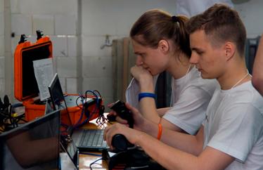 Школьники и студенты Владивостока представят Россию на соревнованиях по подводной робототехнике
